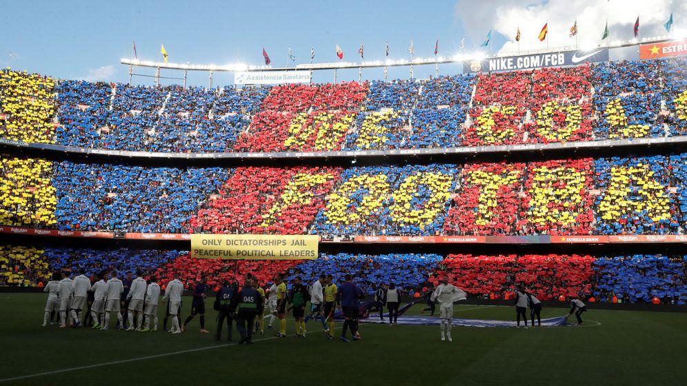 Foto: El Camp Nou, en el último Clásico. (EFE)