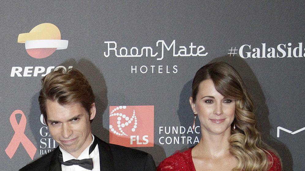 Foto: Carlos Baute y su esposa, Astrid Klisans. (EFE)