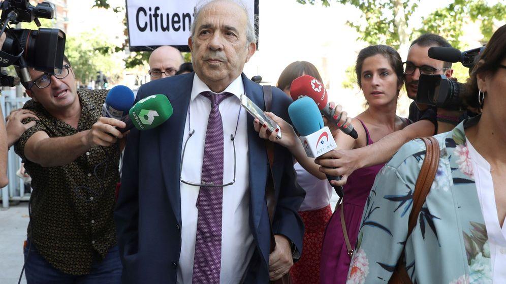 Foto: El exdirector del Instituto de Derecho Público de la Universidad Rey Juan Carlos, Enrique Álvarez Conde. (EFE)