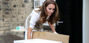 Post de Las fotos más naturales de Kate Middleton: sin maquillar y paseando con Louis en brazos