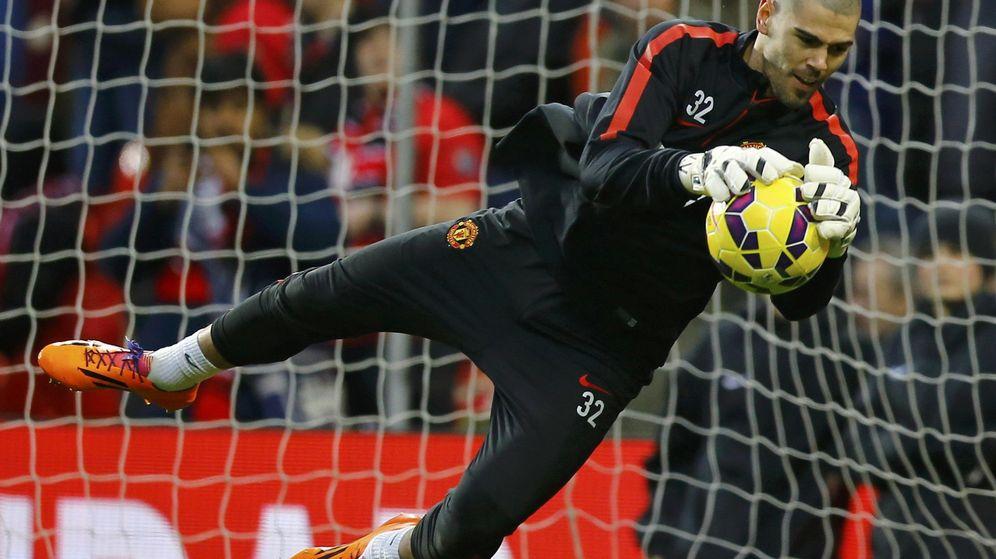 Foto: Valdés en su etapa en el United (Reuters).
