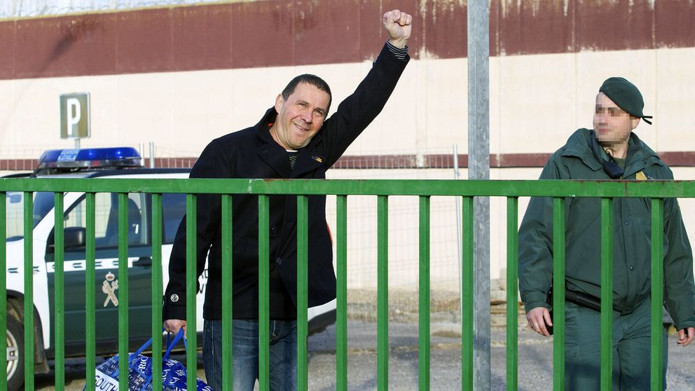 Otegi abandona la cárcel arropado por radicales: Hoy sale un preso político