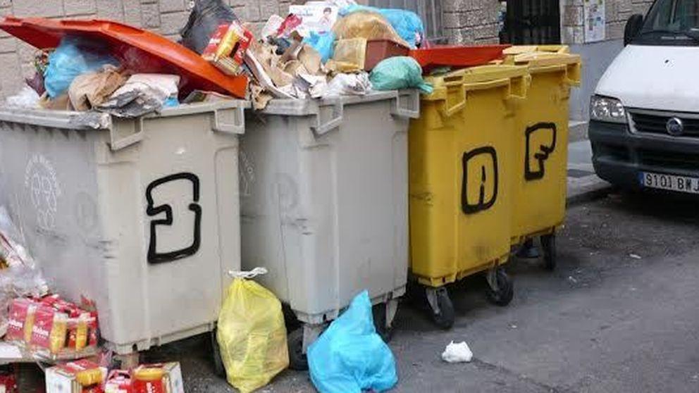 La guerra por la basura de Madrid empieza a dejarse oler en las calles