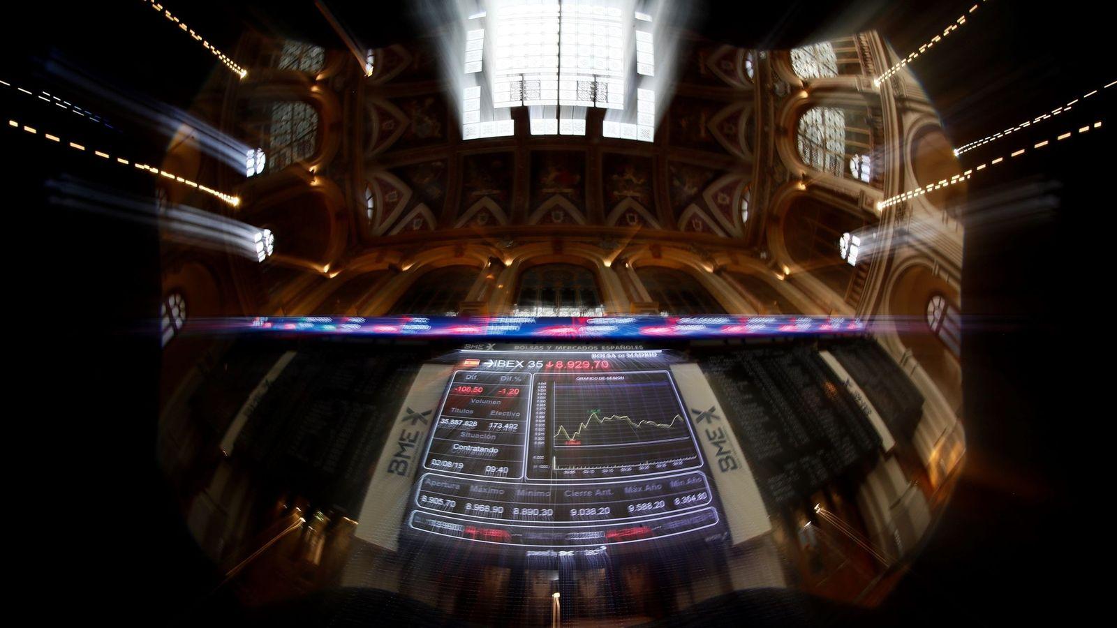 Foto: Un mercado partido en dos: la mitad del Ibex, por debajo de mínimos de diciembre