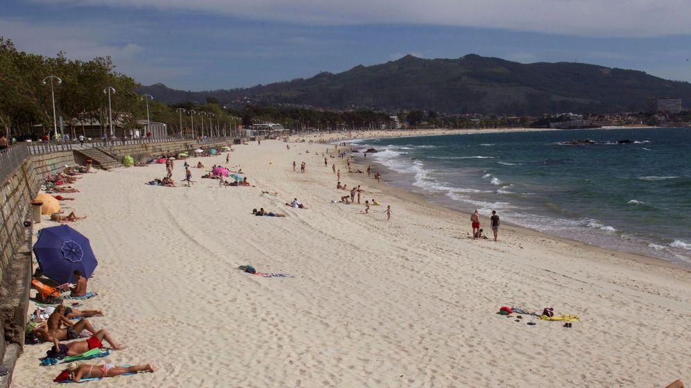 Foto: Una playa en Vigo. (EFE)