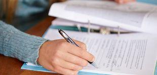 Post de EBAU 2021: ¿cuándo salen las notas de los exámenes de selectividad en cada región?