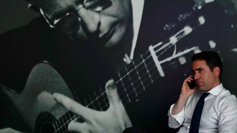 El guitarrista murciano de las 10 cuerdas que inspiró a Teodoro García Egea