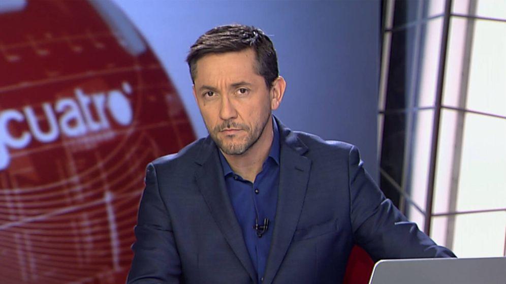 Foto: Javier Ruiz en la segunda edición de 'Noticias Cuatro'. (Mediaset)