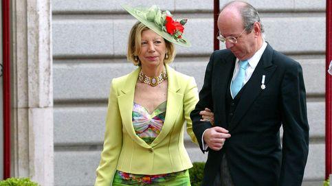 Rafael Spottorno, exjefe de la Casa Real, vuelve con su esposa