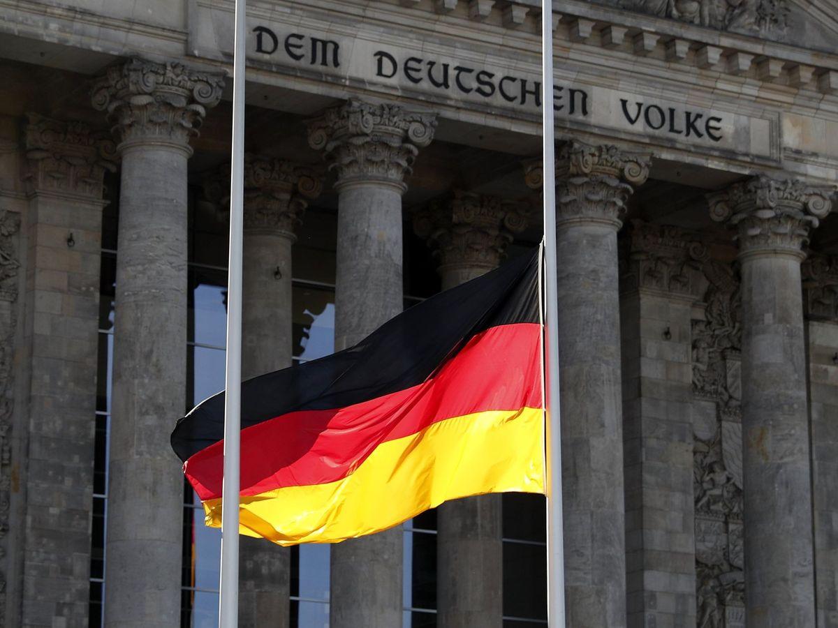 Foto: Vista de una bandera de Alemania. (EFE)