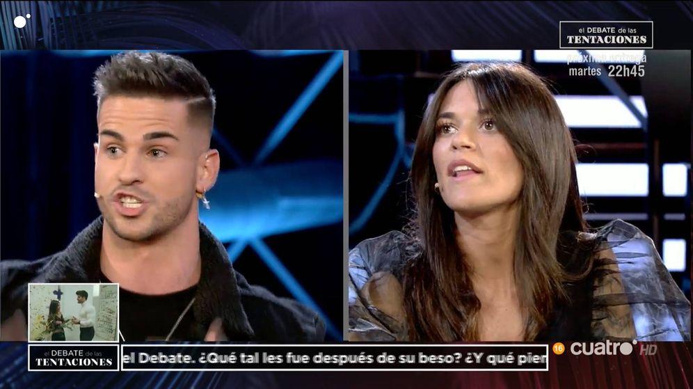 Foto: Álex y Fiama, en 'El debate de las tentaciones'. (Mediaset España)