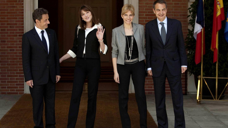 Zapatero, junto a Espinosa en una visita oficial de Nicolas Sarkozy y Carla Bruni. (Getty)