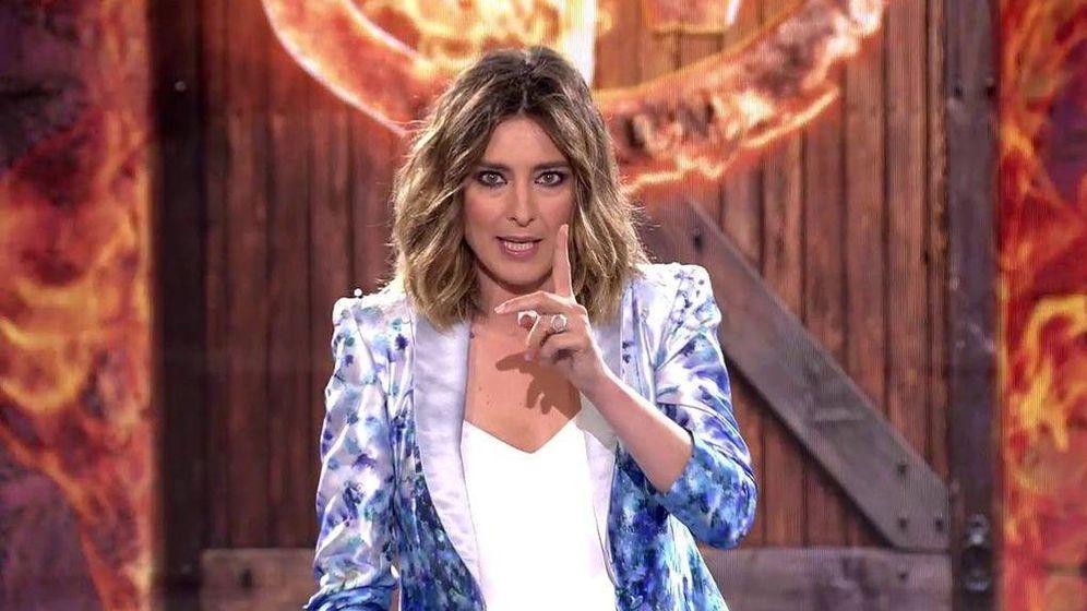 Foto: Sandra Barneda en el debate de 'Supervivientes 2018'. (Mediaset España)