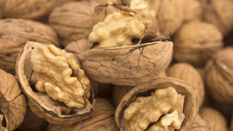 Los frutos secos que te ayudan a adelgazar. (iStock)