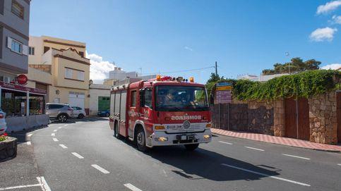 Ascienden a 45 los desalojados por un incendio forestal en Beneixama (Alicante)