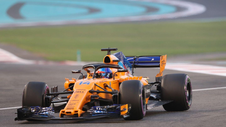 Fernando Alonso al volante de su McLaren la temporada pasada. (EFE)