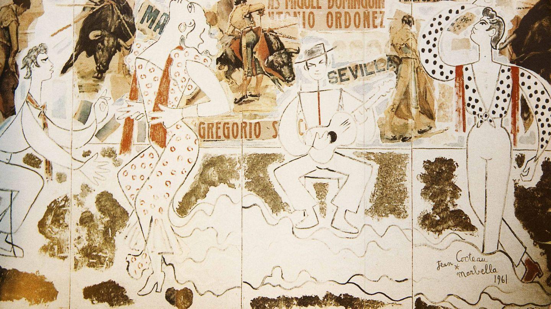 Panel con motivos flamencos y taurinos, que Jean Cocteau pintó para la tienda marbellí de su amiga Ana de Pombo. (EFE)