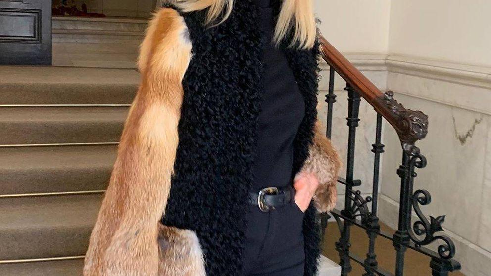 El abrigo con el que Carmen Lomana ha incendiado las redes