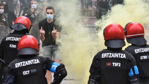 La Ertzaintza investiga a tres varones tras los incidentes en el mitin de Vox en Sestao