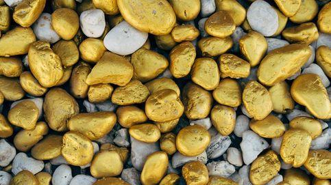 Hallan los restos de una mujer y un abalorio de oro en una tumba de casi cuatro mil años