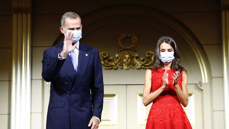 Felipe VI y Letizia, durante la inauguración de la temporada 2020-2021 del Teatro Real. (EFE)