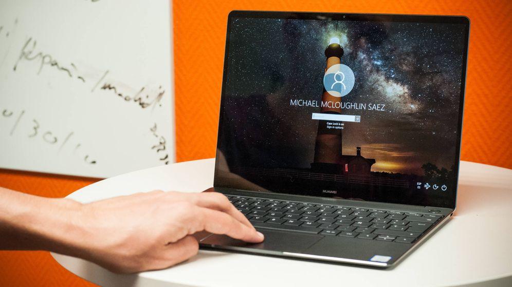 Foto: El Matebook X es el segundo portátil de Huawei. (Carmén Castellón)