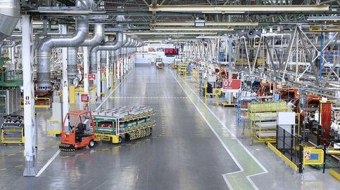 Francia reduce a la mitad su producción de coches, un peligro para la industria española