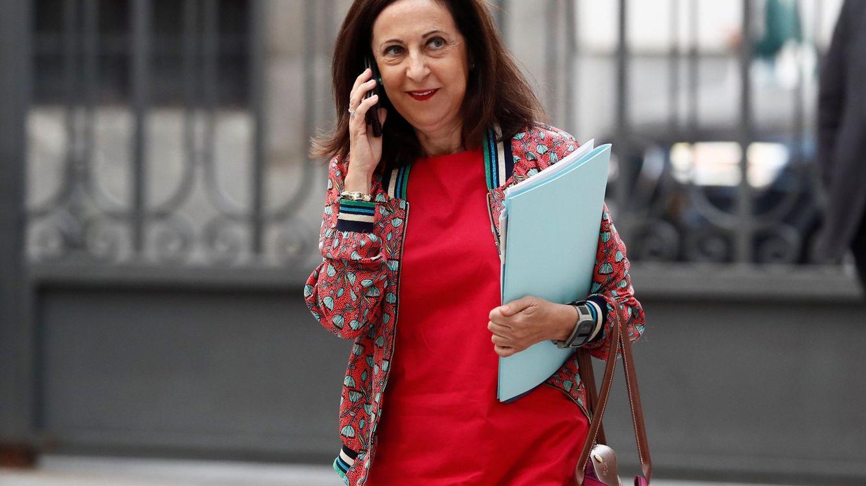 Robles no se ve desautorizada por Sánchez por las bombas a Arabia: Caso cerrado