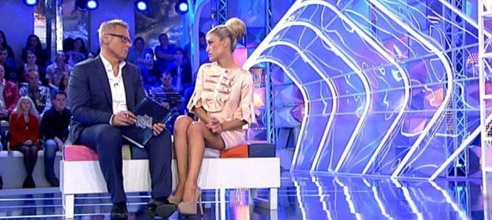 Foto: Jordi González con Luján Arguelles en Telecinco
