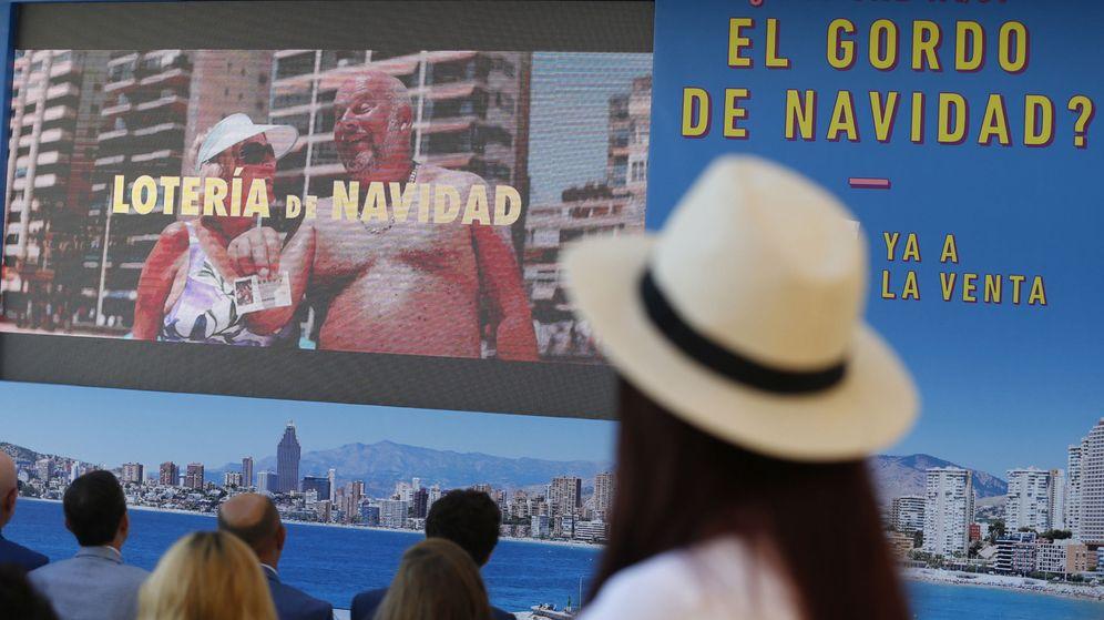 Foto: Campaña de verano de la lotería de Navidad en Madrid. (EFE)