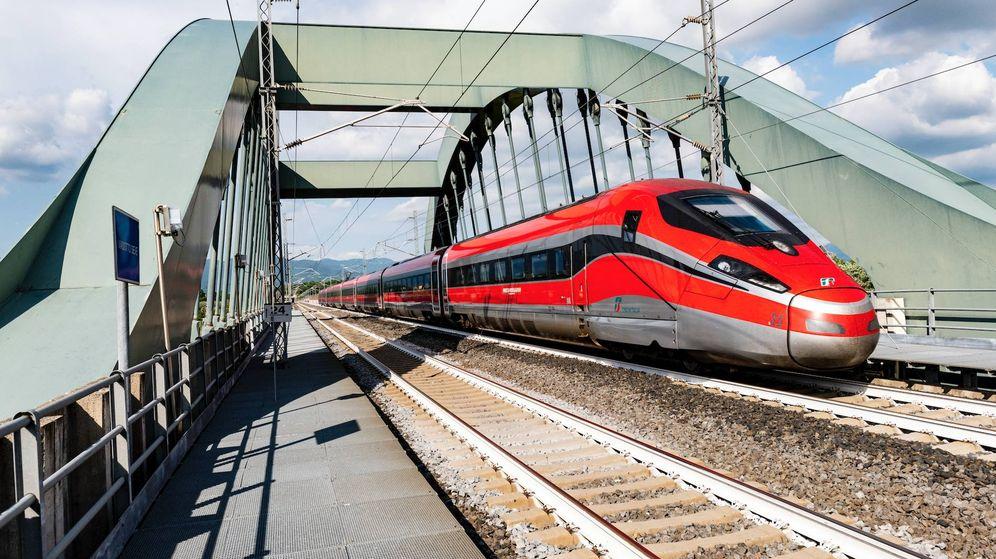 Foto: Los trenes Frecciarossa 1000 de Bombardier que circularán en el AVE español. (Trenitalia)
