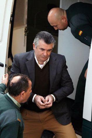 Foto: Detienen a Floro San Agapito, el 'guardián de las tinieblas' de UCD, PSOE y de los secretos de Alierta