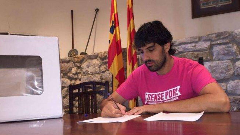 La Policía detiene a los alcaldes de Verges y Celrá (Girona) por desórdenes públicos