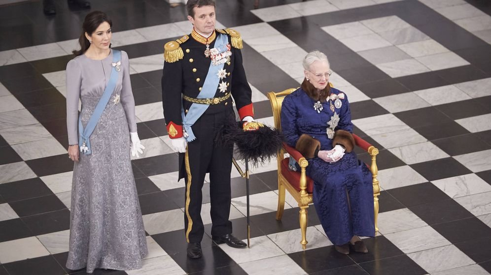 Foto: La reina Margarita de Dinamarca junto a sus herederos. (Gtres)