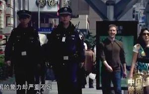 Mark Zuckerberg y su mujer, actores por un día en China
