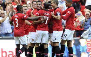 El Manchester , bajo la mirada de Ferguson y el ojo del halcón