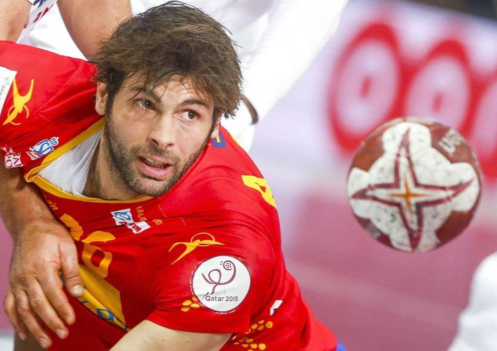 Foto: Antonio García, en un partido con España del Mundial de Qatar (Efe).