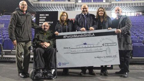 El doctor Mora es premiado por la Alianza Internacional de Asociaciones de ELA