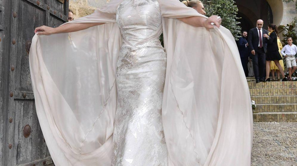 Foto: La soprano al comienzo de su boda. (Cordon Press)