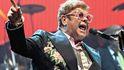 """Elton John: """"Soy europeo, no un idiota y estúpido inglés imperialista"""""""