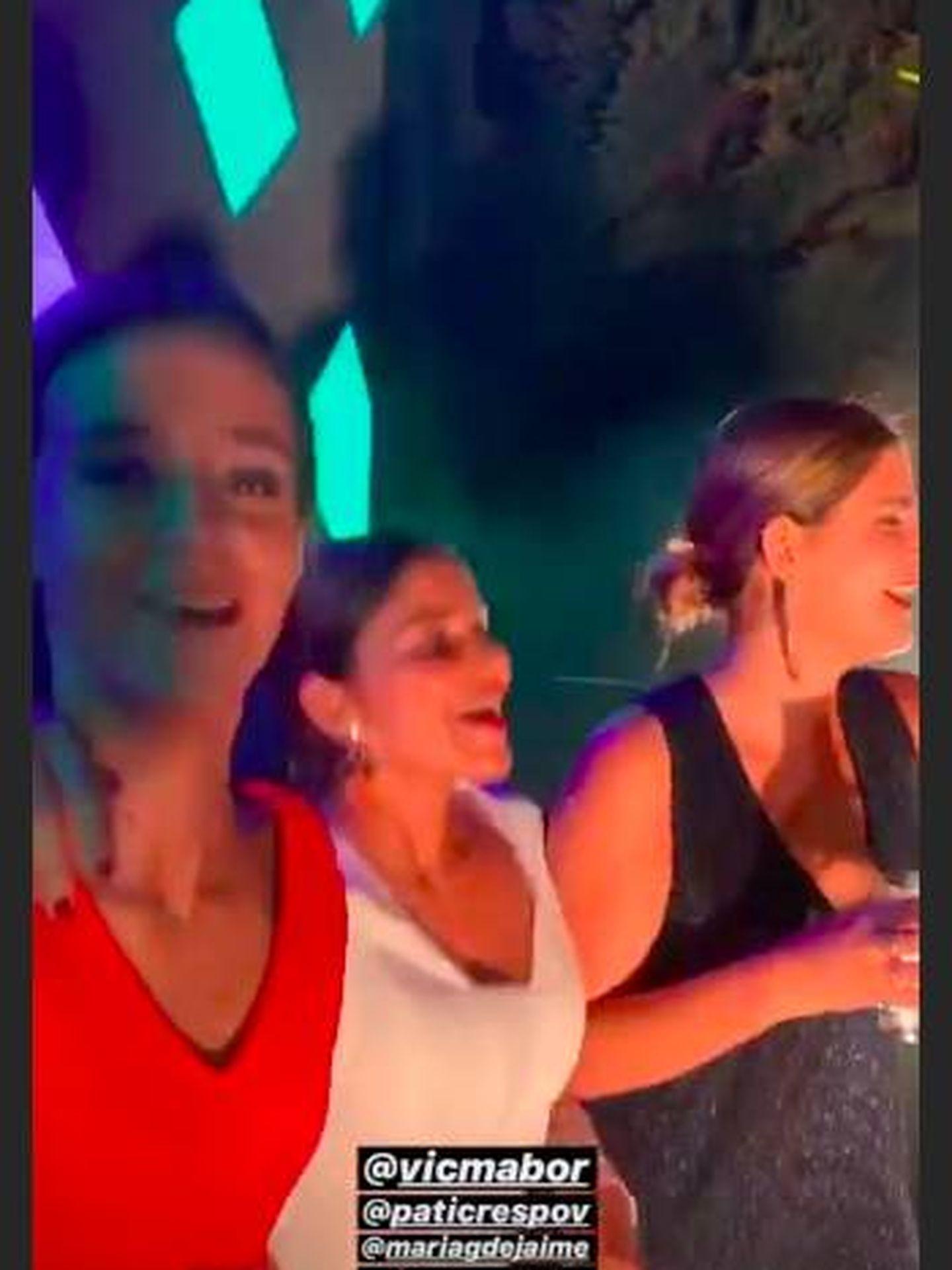 Un momento del baile de Victoria Federica con sus amigas. (Instagram)