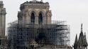 La policía encontró colillas en los andamios donde surgió el fuego de Notre Dame