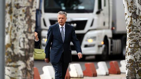 Crespo, expresidente de la CAM: Yo solo acompañaba a las señoras a comprar bolsos