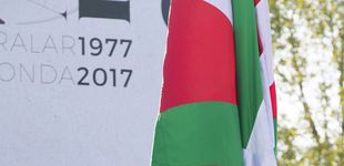 Post de AVE, cárcel de Donosti, rebaja en la luz. ¿Qué se juega el País Vasco en los Presupuestos?
