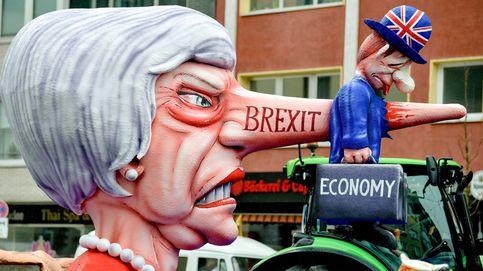 'Lunes de la rosa' en Düsseldorf y Theresa May visita Salisbury: el día en fotos