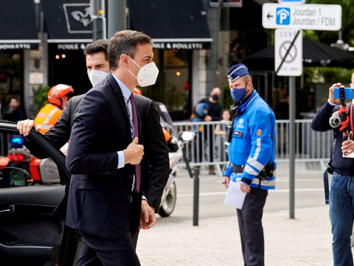 Foto: El presidente del Gobierno, Pedro Sánchez, a su llegada al Consejo Europeo, en Bruselas. (EFE)