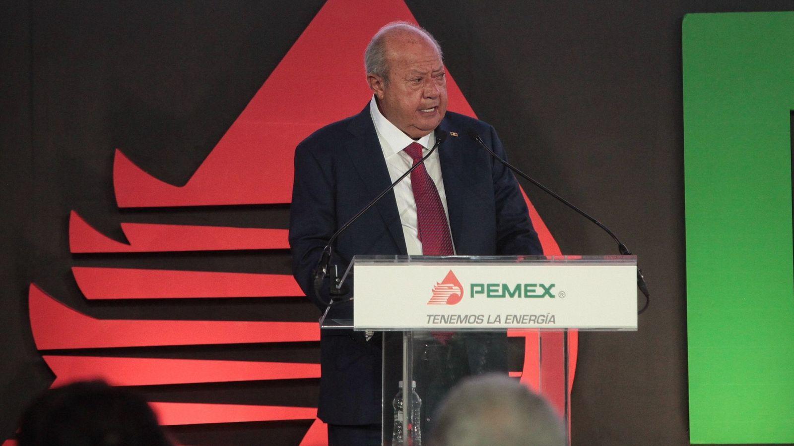 Foto: Carlos Romero Deschamps, entonces senador del PRI, hablando el 3 de noviembre de 2016, durante la presentación del plan de negocios de Pemex. (Reuters)