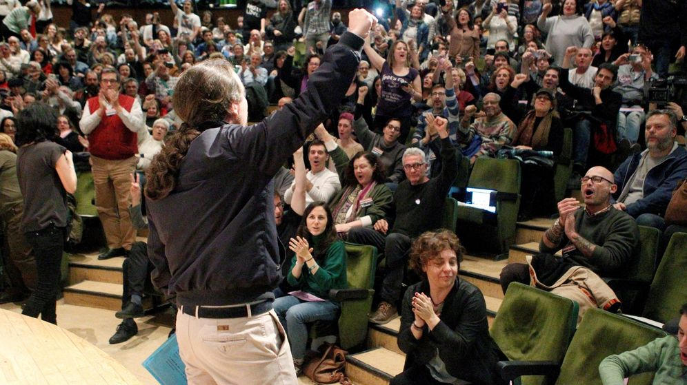 Foto: Pablo Iglesias durante un encuentro con la militancia celebrado en abril. (EFE)
