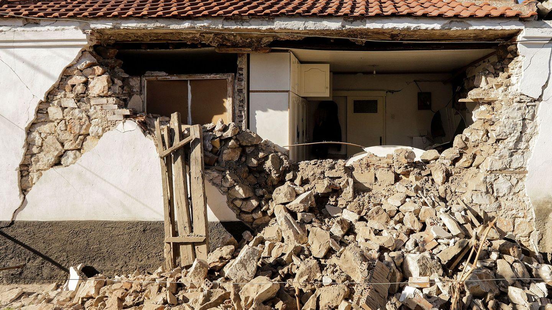 Los escombros de un edificio tras el terremoto del 3 de marzo de 2021. (EFE)
