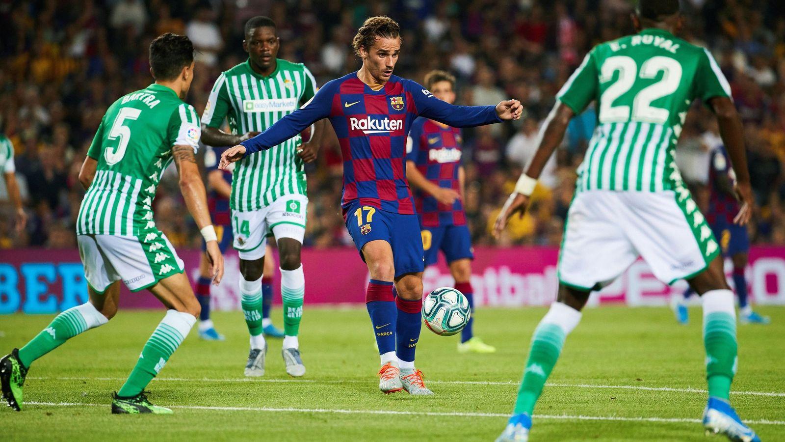 Foto: Antoine Griezmann marcó dos de los cinco goles del Barcelona ante el Betis. (EFE)